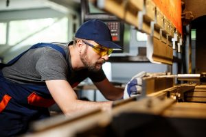 Eficiencia y productividad mediante el control inteligente de la fabricación en tiempo real